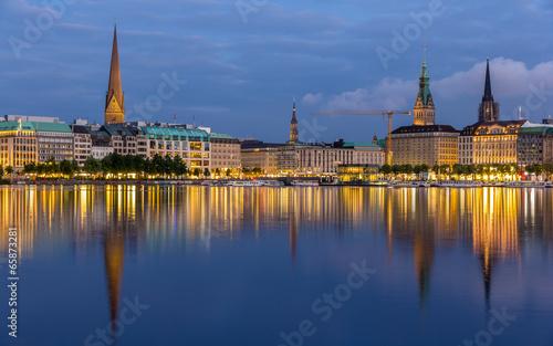 Foto op Canvas Praag Hamburg city center over the lake