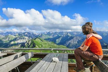 grandioser Ausblick ins Gebirge