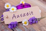 Fototapety Auszeit mit duftendem Lavendel - Wellness