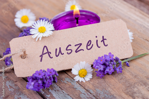 canvas print picture Auszeit mit duftendem Lavendel - Wellness