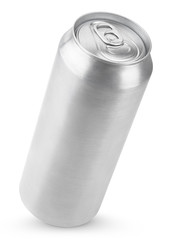 500 ml aluminum beer can isolated on white with clipping path