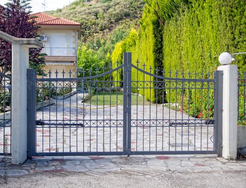 Leinwanddruck Bild Metal Gate