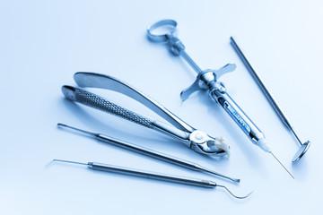 Zahnarzt instrumente zur zahnbehandlung