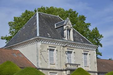 Partie ancienne d'une école à Ribérac
