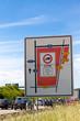 Schild an der A 8 bei Stuttgart Möhringen