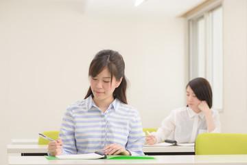 講義中の学生
