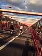Fahrräder auf Brücke