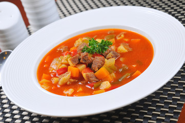 Tomato diced meat soup