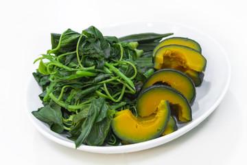 Steam pumpkin and spinach