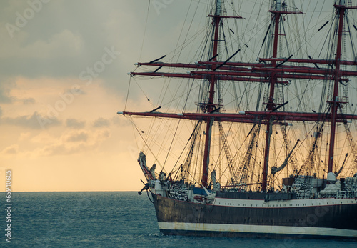 ancient tall ship - 65940605