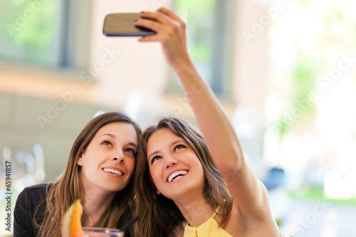 Selfie, girls taking a photo of theirselves