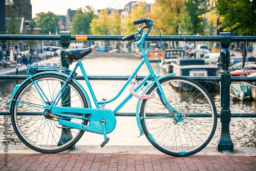 Fotobehang Fiets Bicycle in Amsterdam