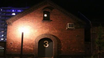 3番レンガ倉庫の夜