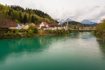 Alpen und Fluss Lech in Füssen im Ostallgäu