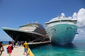 Schiffe vor Anker