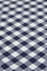 ギンガムチェックの布