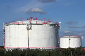 refinery oil tanks industry zone