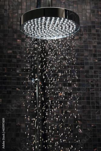 Leinwandbild Motiv Rain Shower
