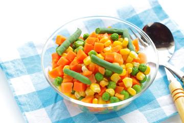 ミックスベジタブルのサラダ