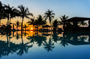 sunrise via swimming pool