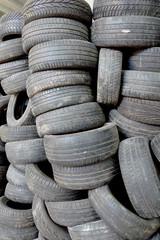 mur de pneumatiques