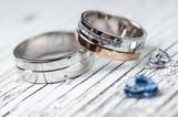 Wedding rings - 66019603