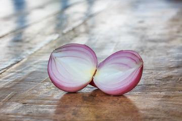 Sliced Red Onion (Allium Ascalonicum).