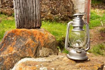 herramienta de mineria, lampara de mano