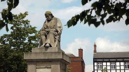 Statue of Dr Samuel Johnson in Lichfield.