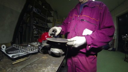 Angle Grinder and High Speed Cutting Disc