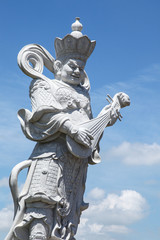 statuary china god