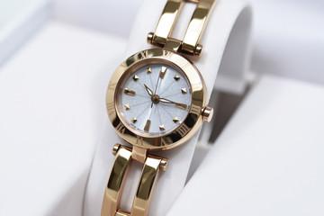 腕時計 女性向け