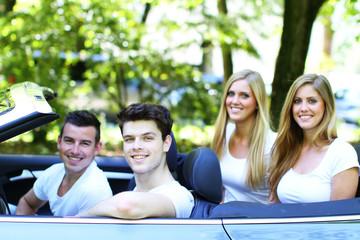 Freunde fahren Cabrio