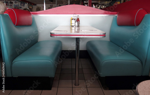 Retro Diner Booths - 66069642