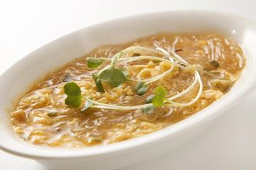 春雨の酸辣湯麺