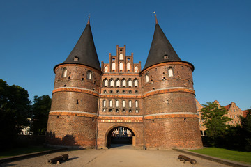 Holstentor Lübeck in der Abendsonne