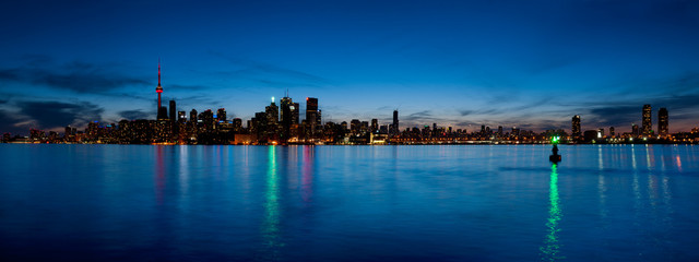 Toronto skyline panorama over lake