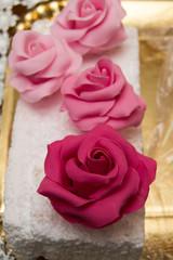 bocciolo di rosa in pasta di zucchero