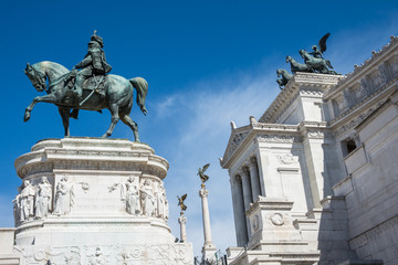 Statue of king Vittorio Emanuele