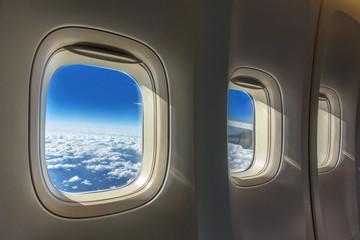 飛行機の窓