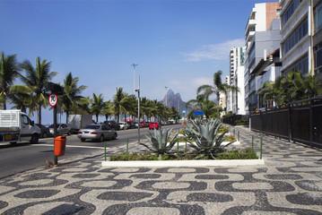 Набережная Копакабана  в Рио де Жанейро.