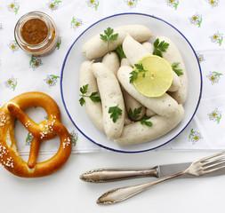 Münchner Weißwürste mit Brezen
