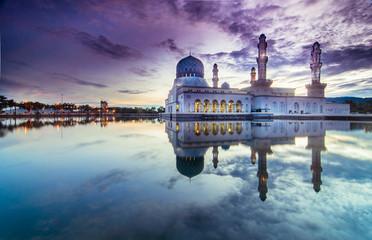 Sunrise Kota LIkas Mosque Sabah Malaysia