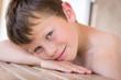 Tendre sourire d'été (Garçon 8-9 ans)
