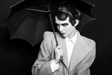 Черно-белый портрет в стиле ретро