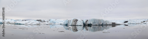 Fotobehang Gletsjers Panorama of Jokulsarlon ice lagoon in Iceland