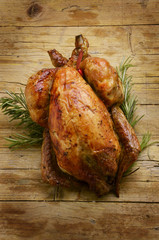 Rôtissage Whole roast chicken жаркое из курицы pollo arrosto