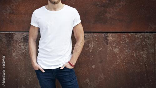 man wearing white t-shirt - 66207661