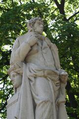 Estatua Simon de Rojas Clemente y Rubio