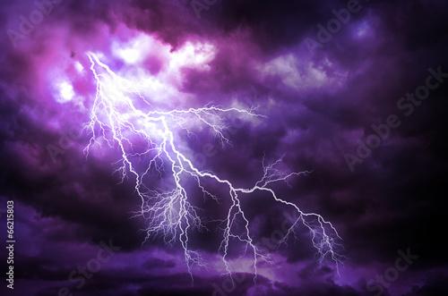 Leinwanddruck Bild Lightning strike